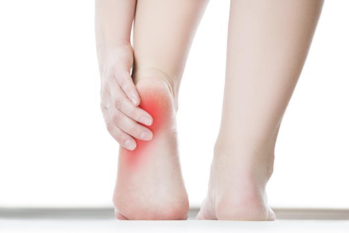 Photo of El ardor en los pies es un signo de advertencia de la neuropatía diabética periférica