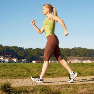 Empieza a caminar ahora con las caminatas de la Asociación Americana del Corazón