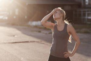 Por qué podrías sentir náuseas al final de una carrera