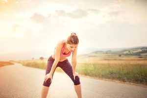 Pros y contras de usar las pistas interiores para caminar y hacer ejercicio.