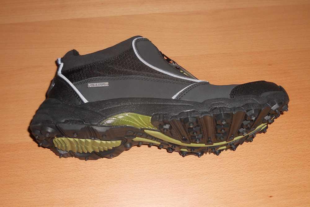 Photo of Agarrar con las botas de tracción de invierno Icebug