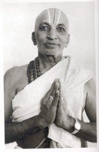 El legado y la influencia de T. Krishnamacharya en el Yoga