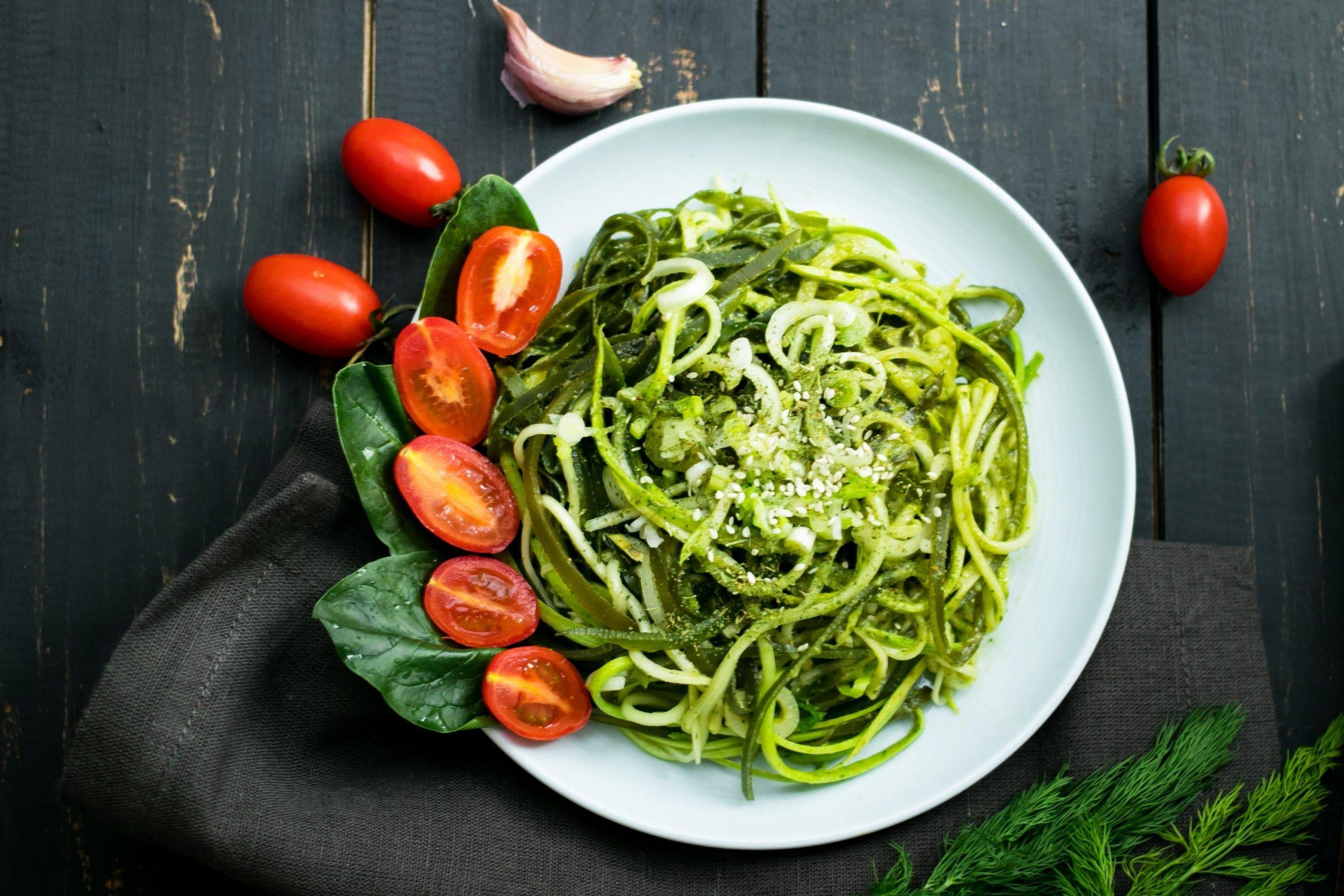 Photo of Prueba a cocinar espaguetis de calabaza para una cena baja en carbohidratos.