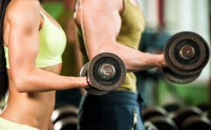 Qué y cuándo comer para el entrenamiento con pesas