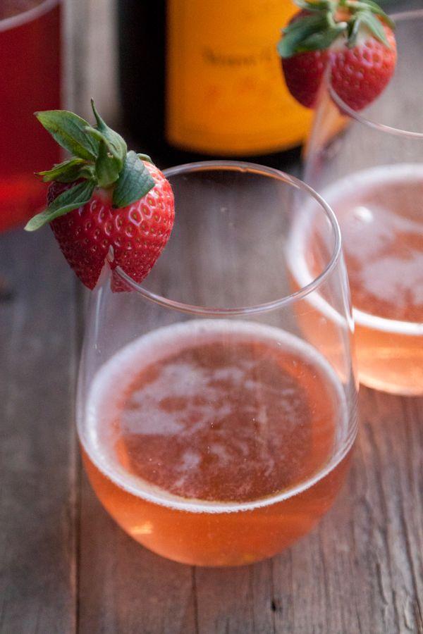 Photo of Sparkler de fresa y albahaca: Una bebida refrescante